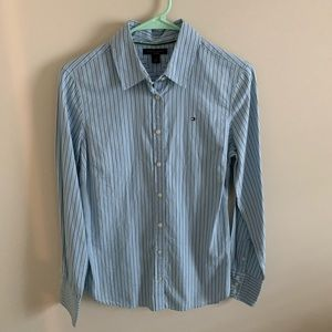 Tommy Hilfiger Tops - NWOT Small Tommy Hilfiger Button Down